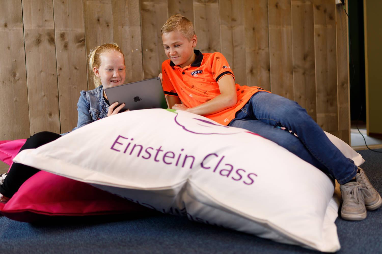 Einstein Class